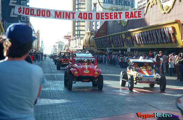 Downtown Las Vegas Mint 400 race start