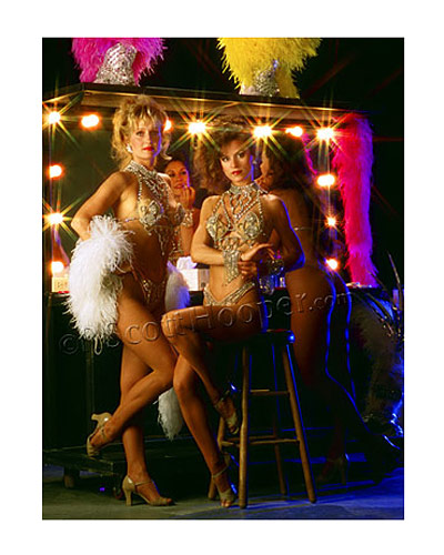 Photo of Showgirls and dancers backstage in a Las Vegas production show