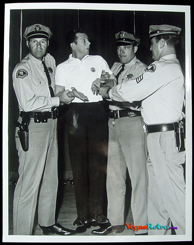 Photo of Donald O'Connor with Las Vegas cops